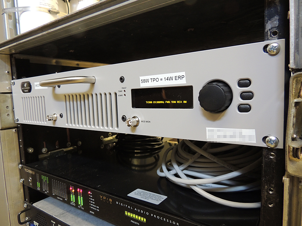 A closeup of the BW300v2 transmitter running 58 watts TPO.